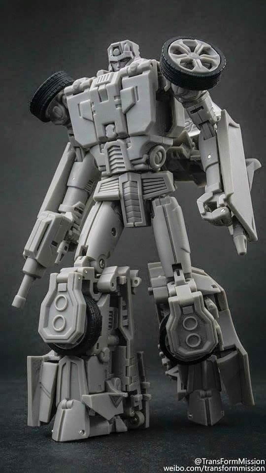 [Transform Mission] Produit Tiers - Jouet M-01 AutoSamurai - aka Menasor/Menaseur des BD IDW TransformMission-Breakdown-1