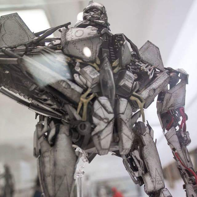 Figurines des Films Transformers ― Par Threezero (3A ThreeA), Comicave Studios, etc 3A-Starscream-01