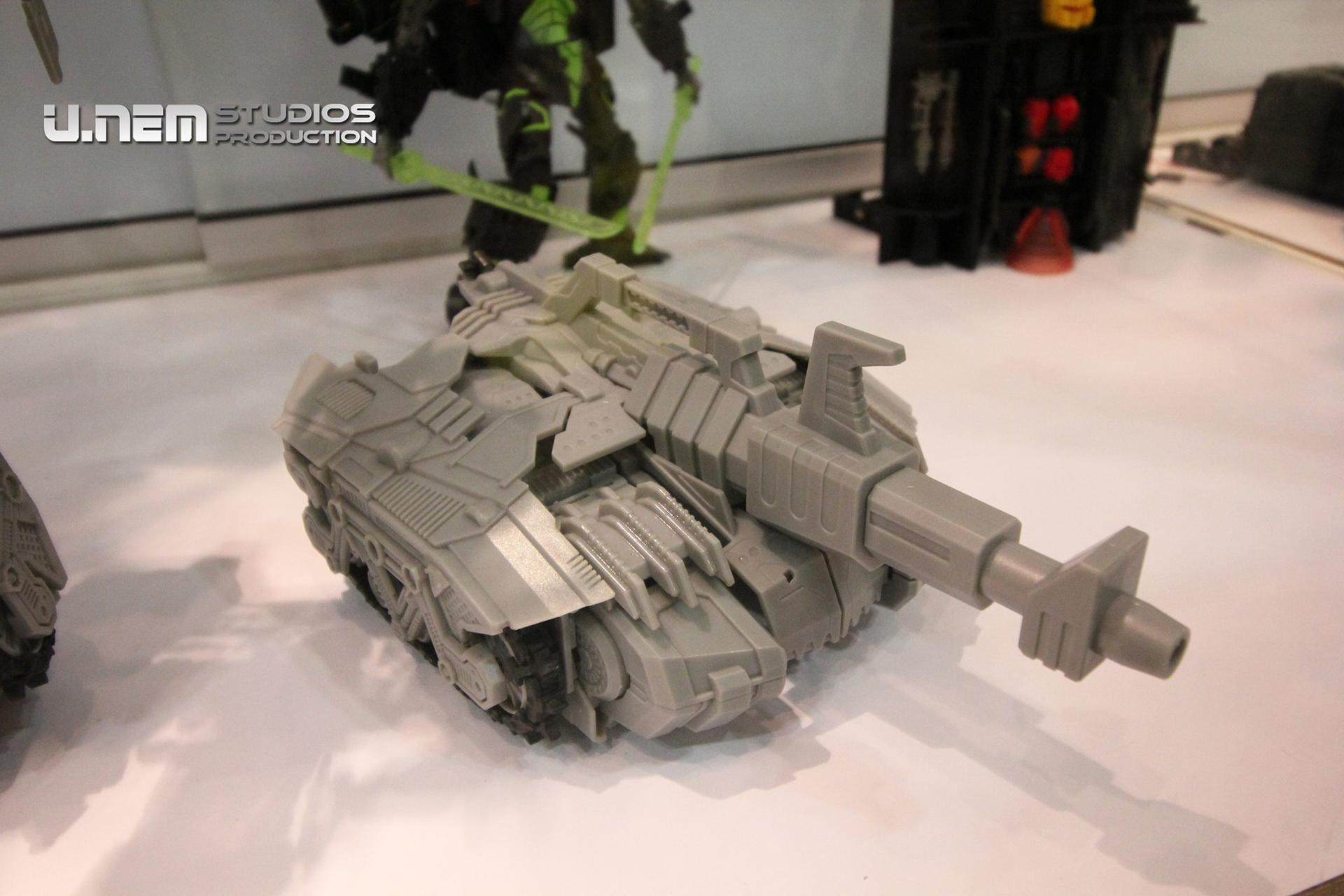 [Mastermind Creations] Produit Tiers - R-17 Carnifex - aka Overlord (TF Masterforce) Carnifex-6