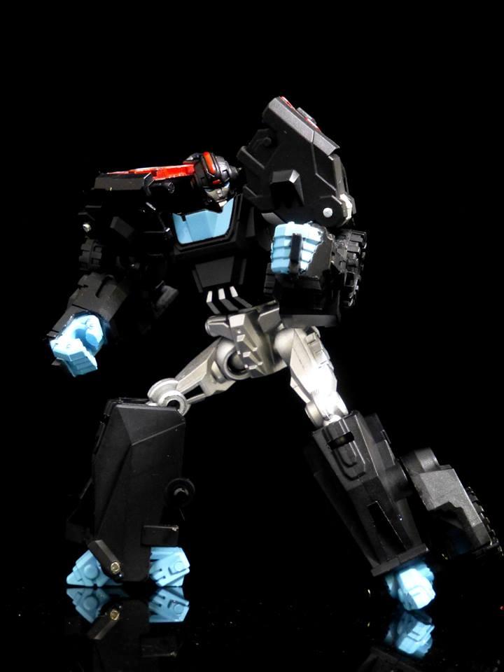 [Shapeshift] Produit Tiers - SS-01 SkySnake, SS-02 HeavyMetal, SS-03 Skysnake & SS-04 HeavyMetal (WFC) Skysnake-and-Heavy-Metal-02