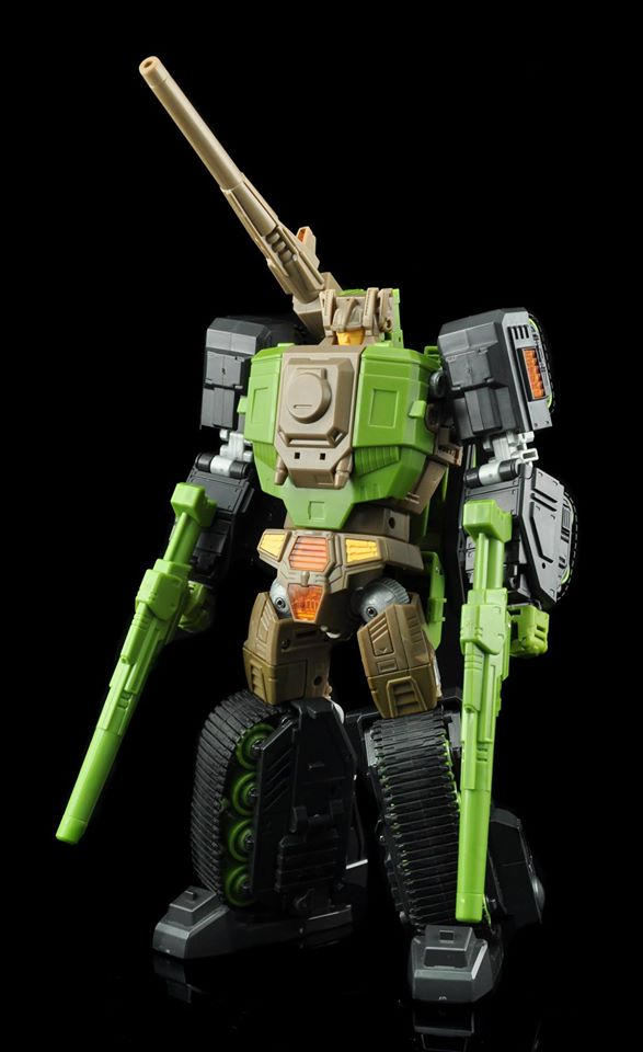 [Maketoys] Produit Tiers - Jouets MTRM - aka Headmasters et Targetmasters - Page 2 Iron-Will-01