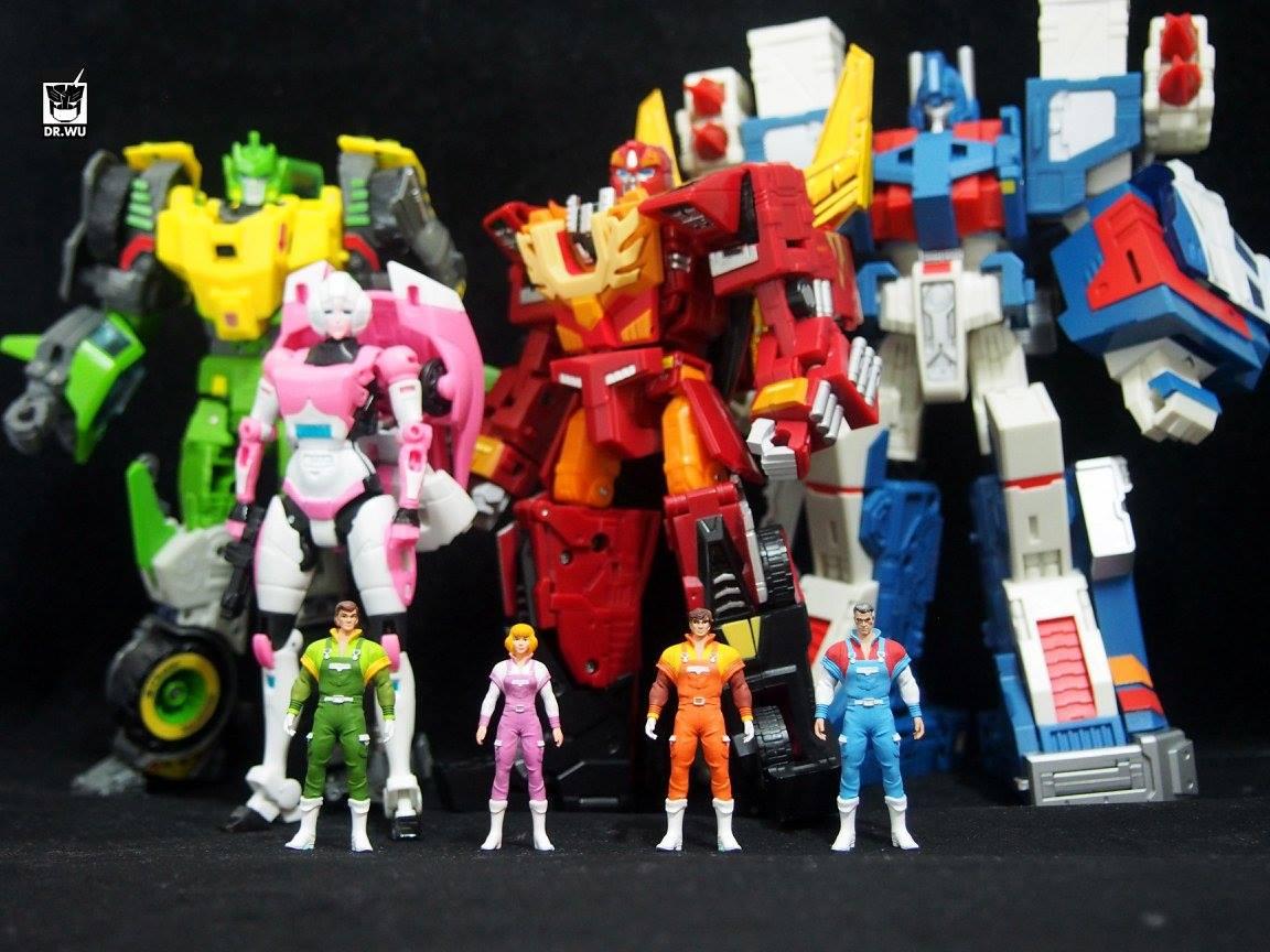 Produit Tiers - Kit d'ajout (accessoires, armes) pour jouets Hasbro & TakaraTomy - Par Fansproject, Crazy Devy, Maketoys, Dr Wu Workshop, etc - Page 5 OnlyHuman1