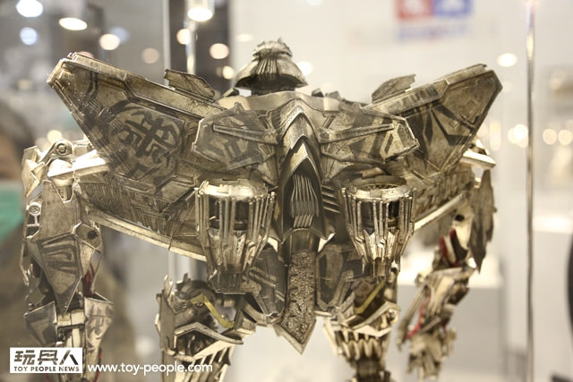 Figurines des Films Transformers ― Par Threezero (3A ThreeA), Comicave Studios, etc 3A-Starscream-3