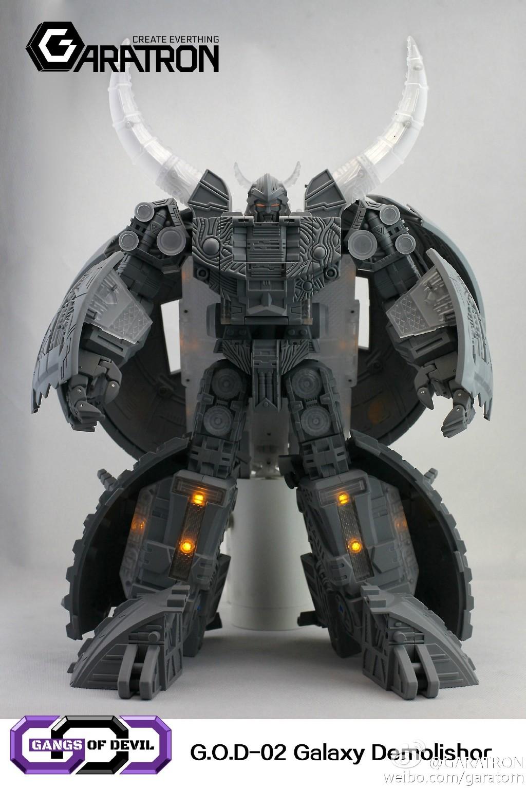 [Garatron] Produit Tiers - Gangs Of Devils G.O.D-02 Galaxy Demolishor - aka Unicron (Beast Wars Neo) Uni1