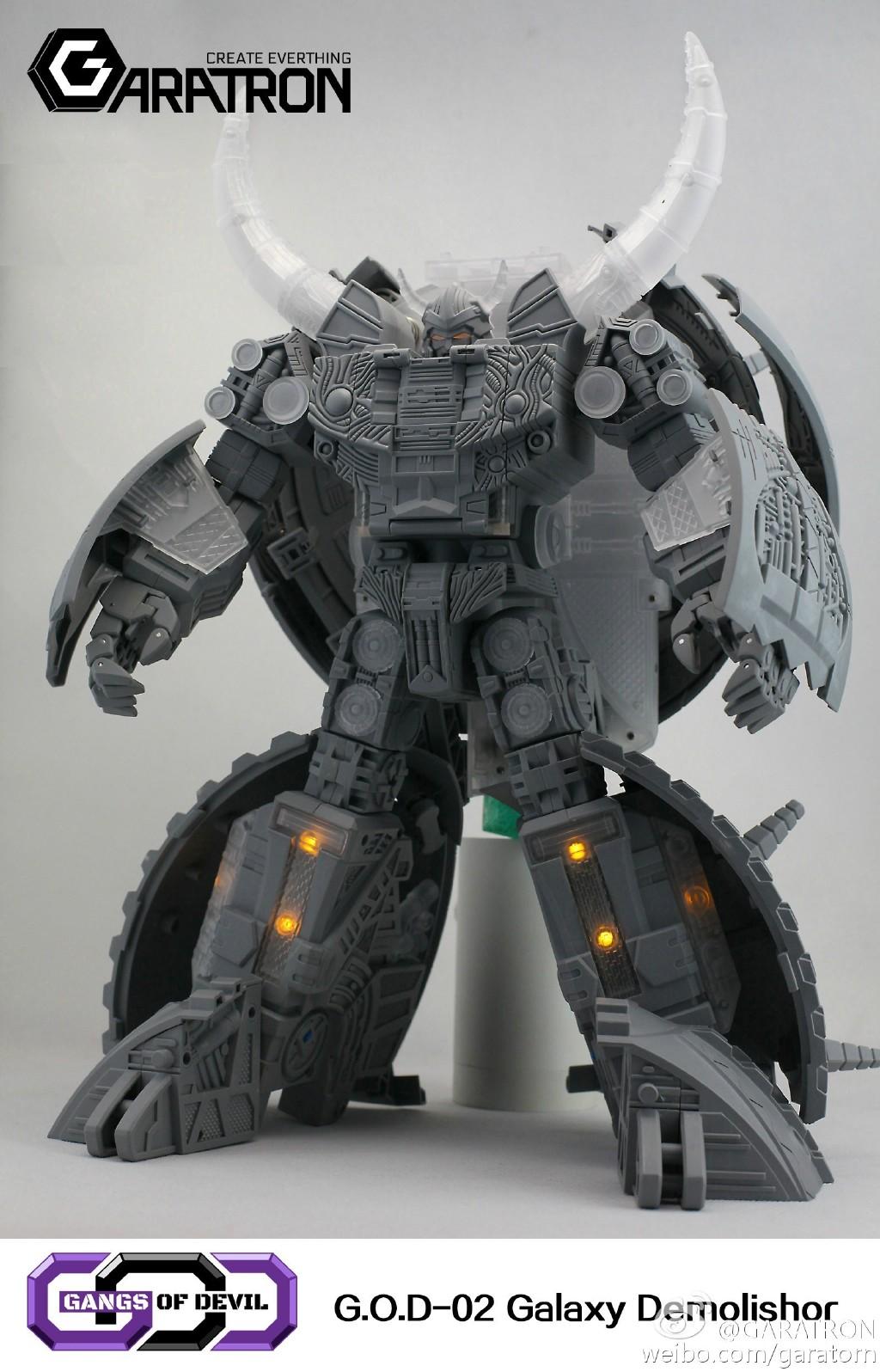 [Garatron] Produit Tiers - Gangs Of Devils G.O.D-02 Galaxy Demolishor - aka Unicron (Beast Wars Neo) Uni2