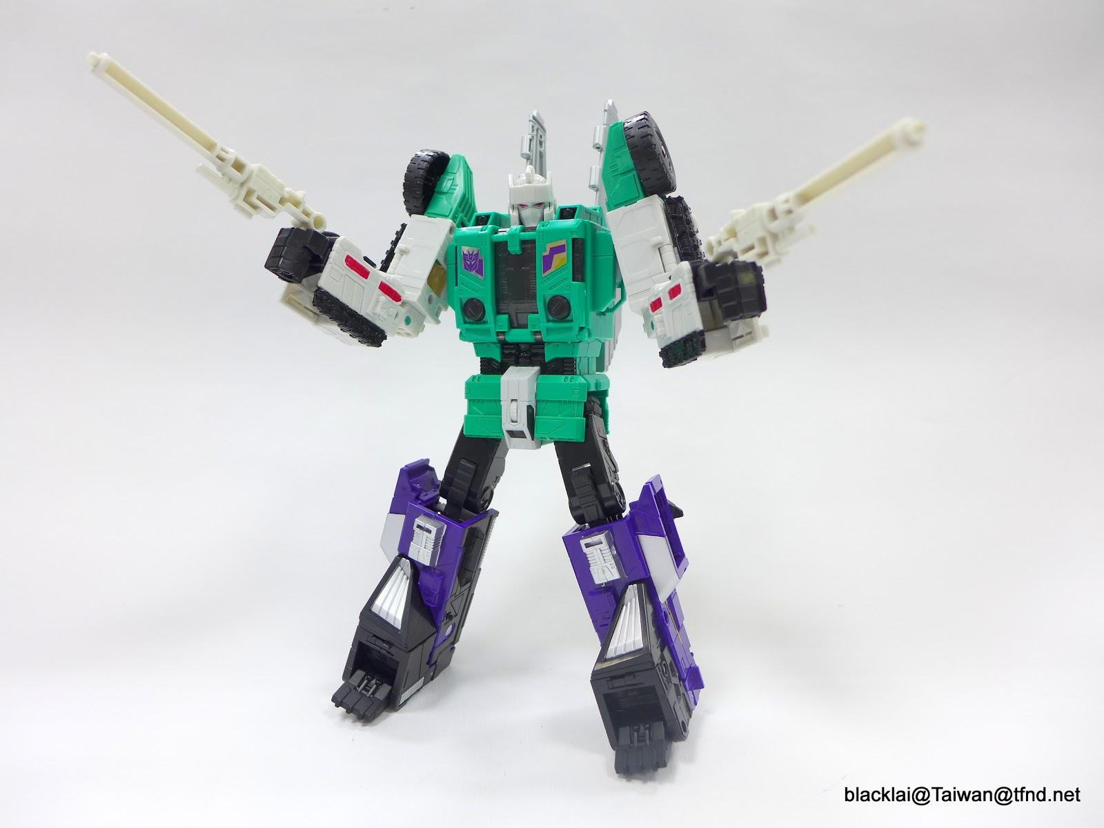 Jouets Transformers Generations: Nouveautés Hasbro - partie 2 - Page 40 P1500979