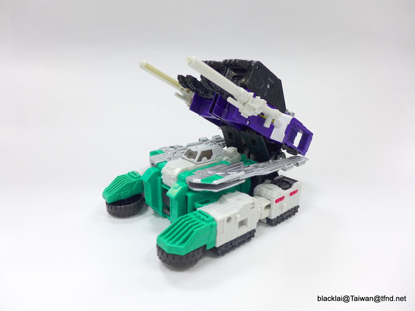 Jouets Transformers Generations: Nouveautés Hasbro - partie 2 - Page 40 P1500982