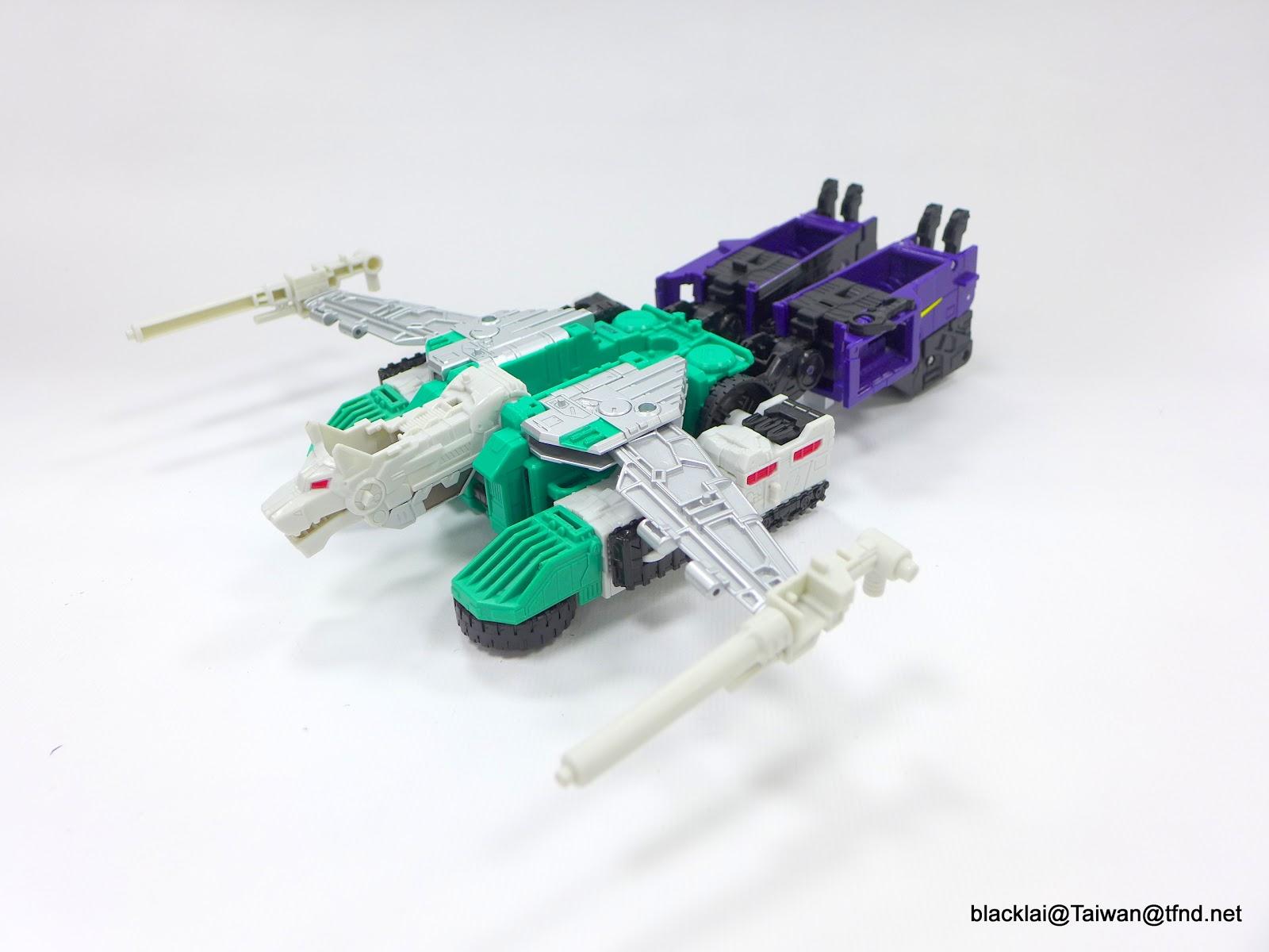 Jouets Transformers Generations: Nouveautés Hasbro - partie 2 - Page 40 P1510026