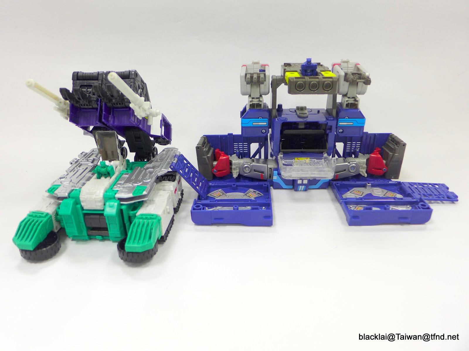 Jouets Transformers Generations: Nouveautés Hasbro - partie 2 - Page 40 P1510031