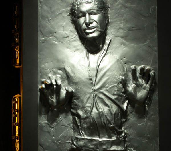 Sarge´s Mandalorianer Han-Solo-in-Carbonite-Life-Size_1340756227