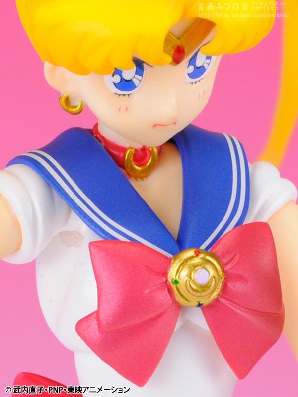 Sailor Moon (20th anniversary) - Page 6 SH-Figuarts-Sailor-Moon-05