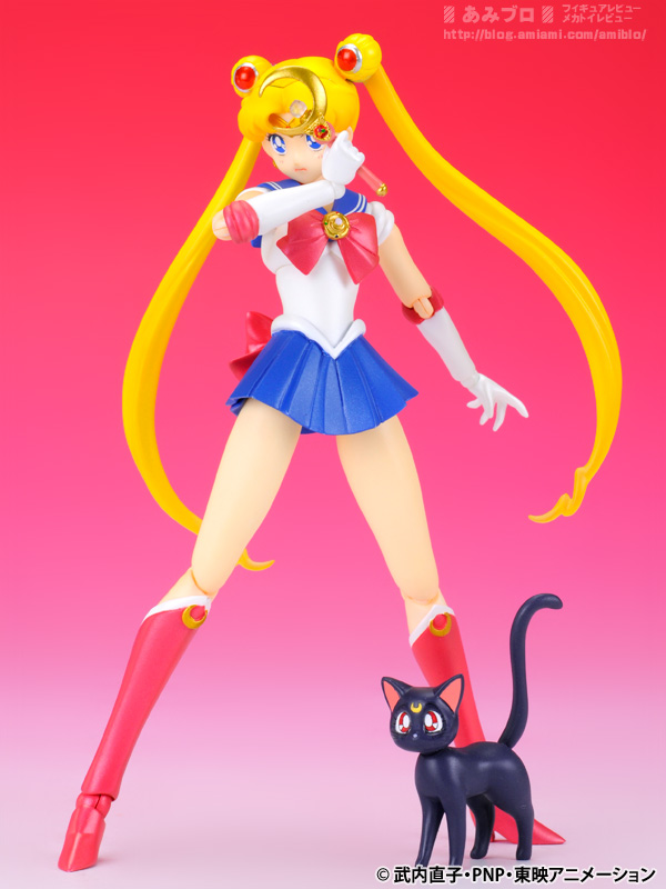 Sailor Moon (20th anniversary) - Page 6 SH-Figuarts-Sailor-Moon-07