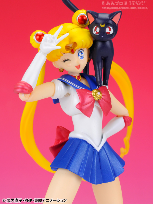 Sailor Moon (20th anniversary) - Page 6 SH-Figuarts-Sailor-Moon-08