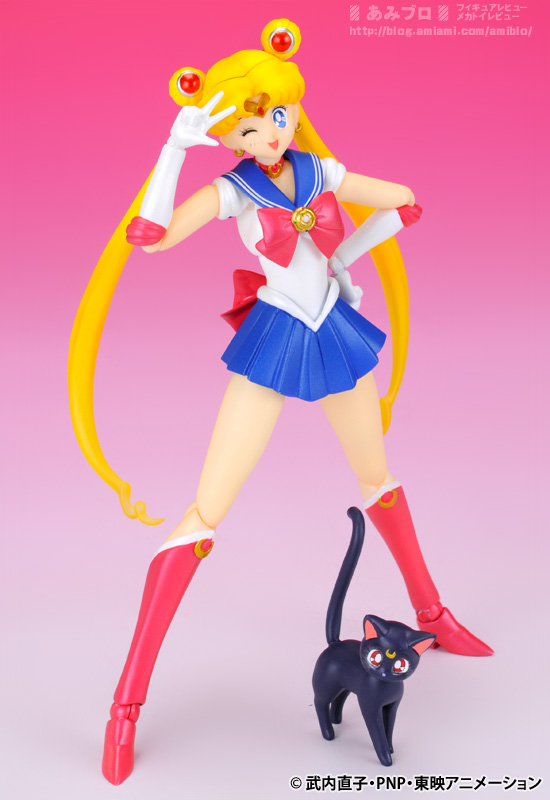 Sailor Moon (20th anniversary) - Page 6 SH-Figuarts-Sailor-Moon-12
