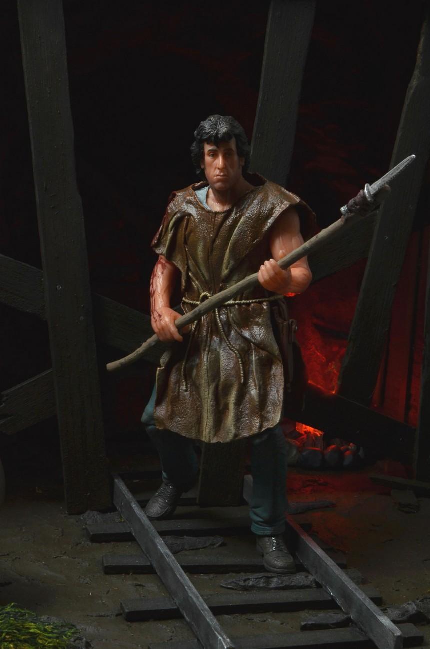 "[NECA] Rambo – 7″ Action Figure – Series 1 ""First Blood"" (Case 6)  - Página 2 Survival-Rambo-NECA-005"