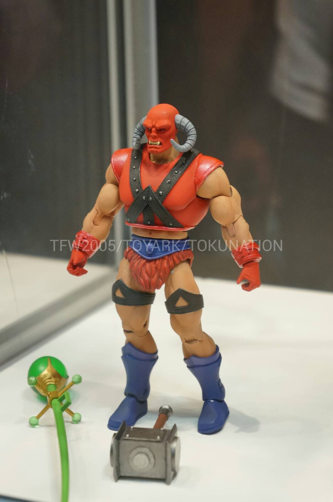 SDCC reveals (line-up to end of the year and start of 2014) DSC04209