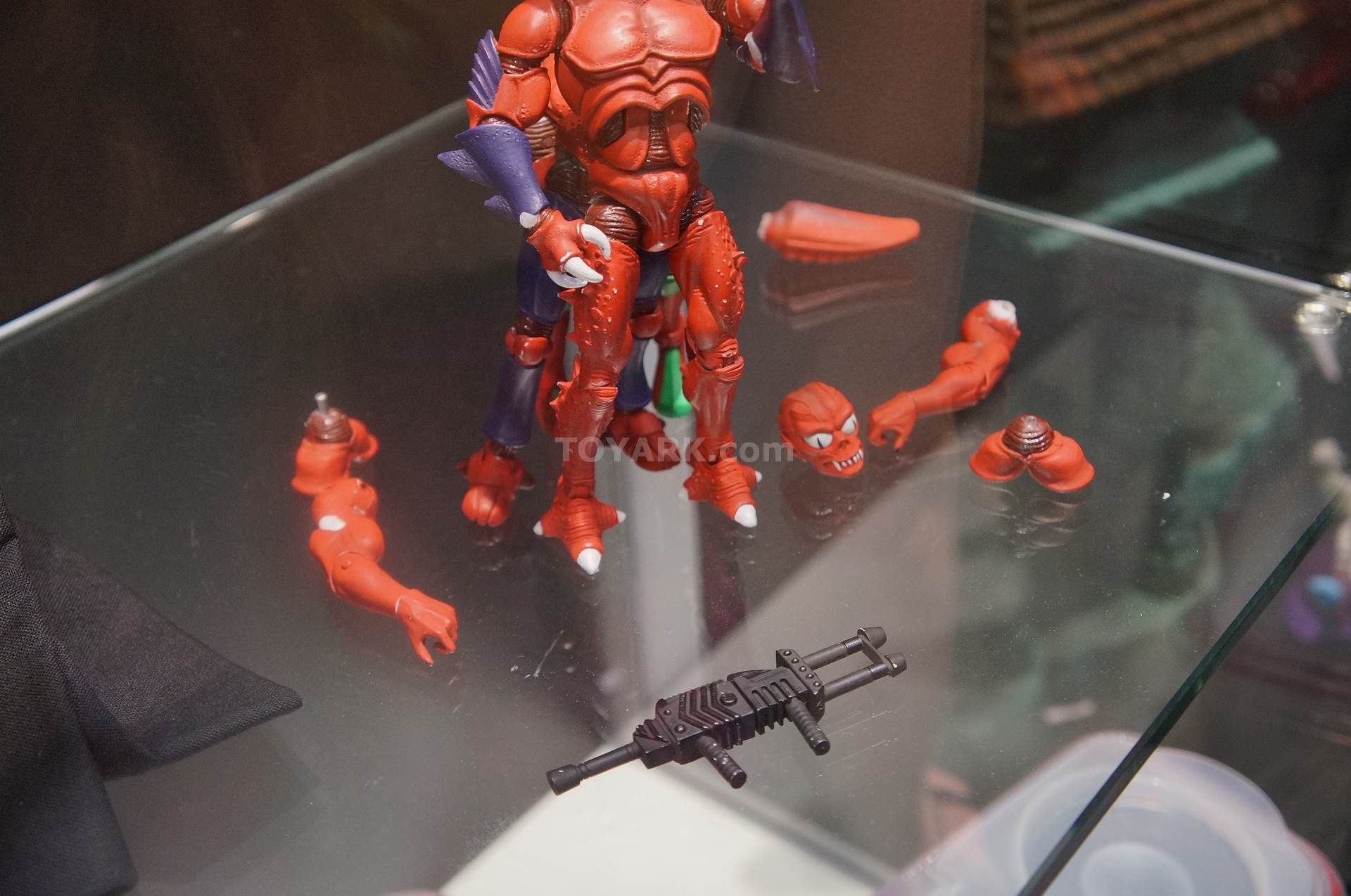SDCC reveals (line-up to end of the year and start of 2014) Motuc-2-006