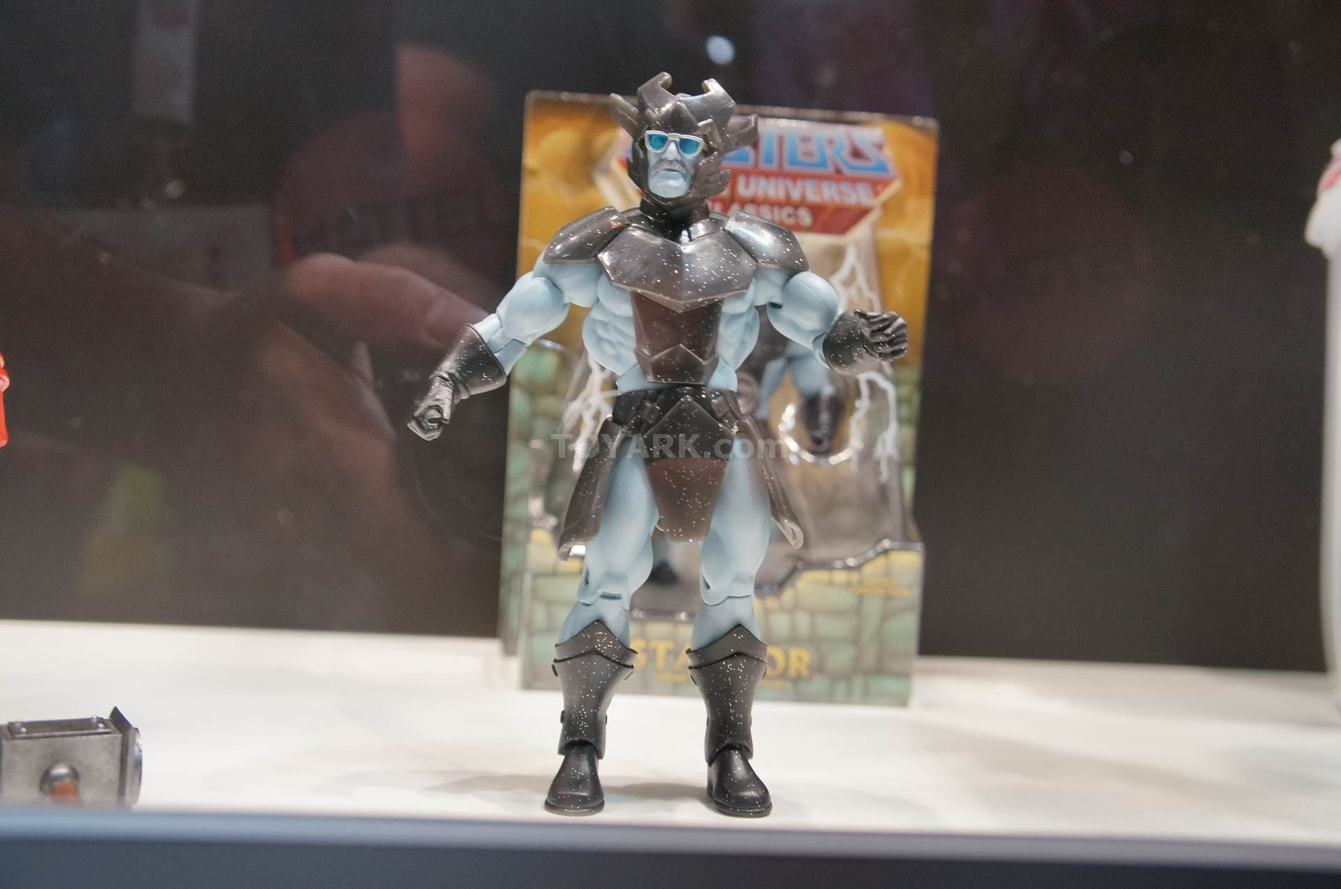 SDCC reveals (line-up to end of the year and start of 2014) Motuc-2-023