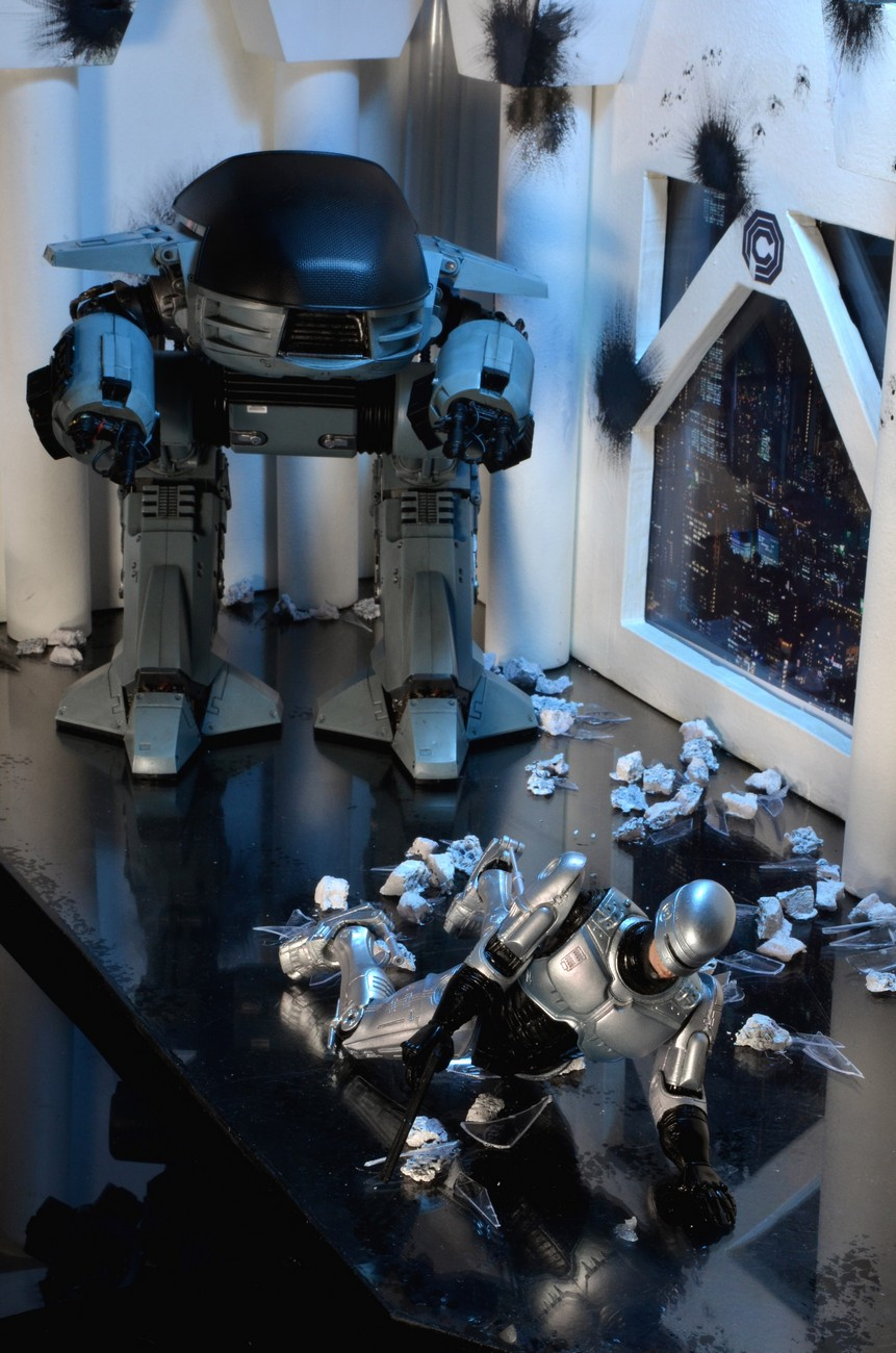 [NECA] RoboCop - ED-209 NECA-Robocop-1987-ED-209-007