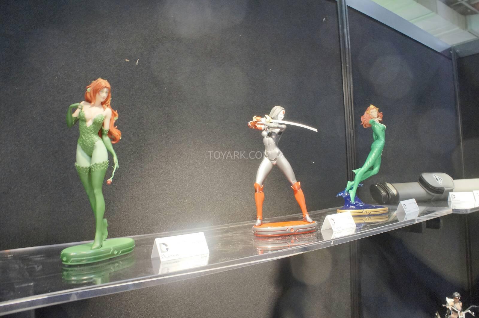 [Toy Fair 2014] DC Collectibles Toy-Fair-2014-DC-Collectibles-022