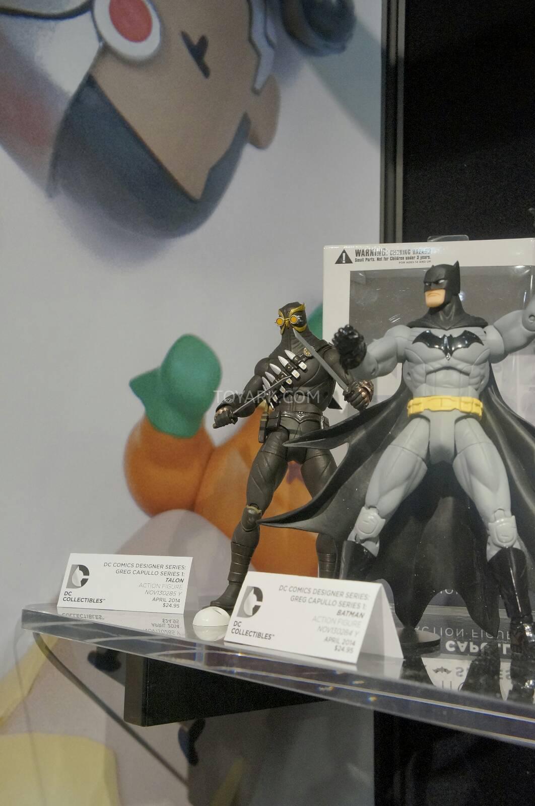 [Toy Fair 2014] DC Collectibles Toy-Fair-2014-DC-Collectibles-095