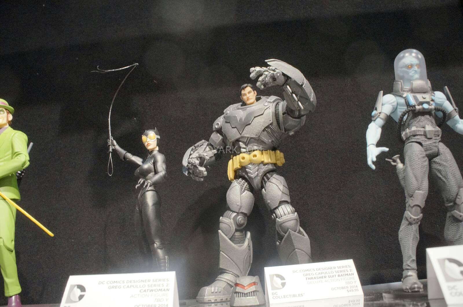 [Toy Fair 2014] DC Collectibles Toy-Fair-2014-DC-Collectibles-098