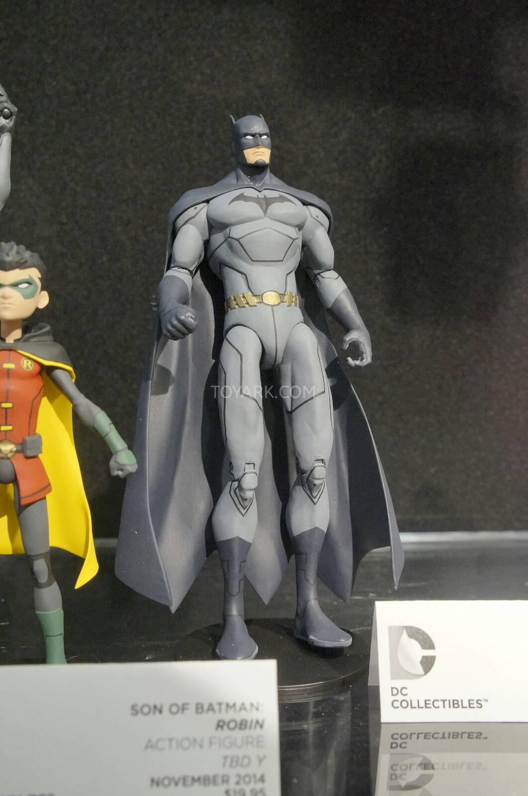 [Toy Fair 2014] DC Collectibles Toy-Fair-2014-DC-Collectibles-107