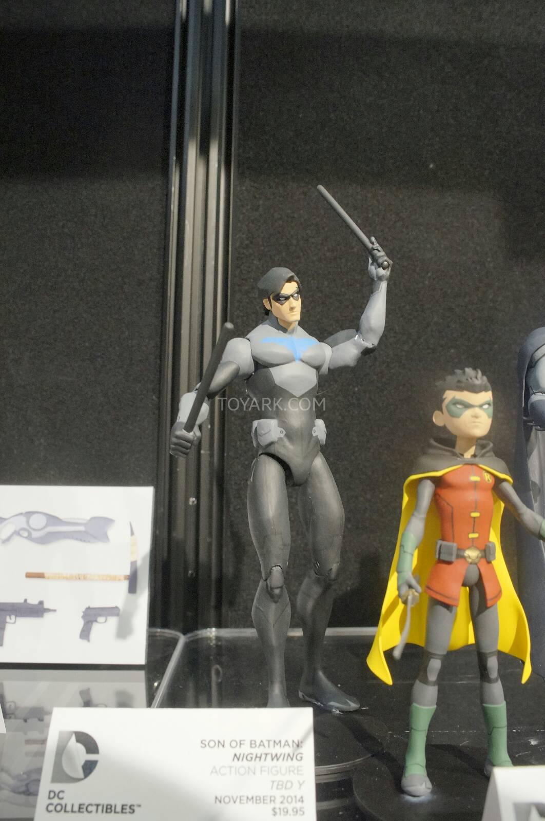 [Toy Fair 2014] DC Collectibles Toy-Fair-2014-DC-Collectibles-109