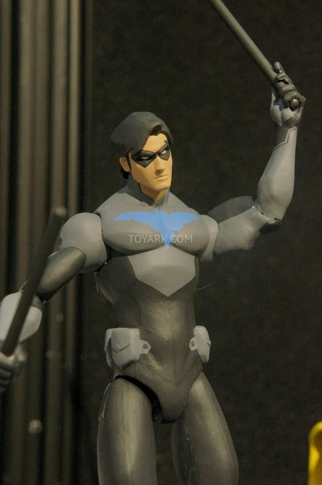 [Toy Fair 2014] DC Collectibles Toy-Fair-2014-DC-Collectibles-110