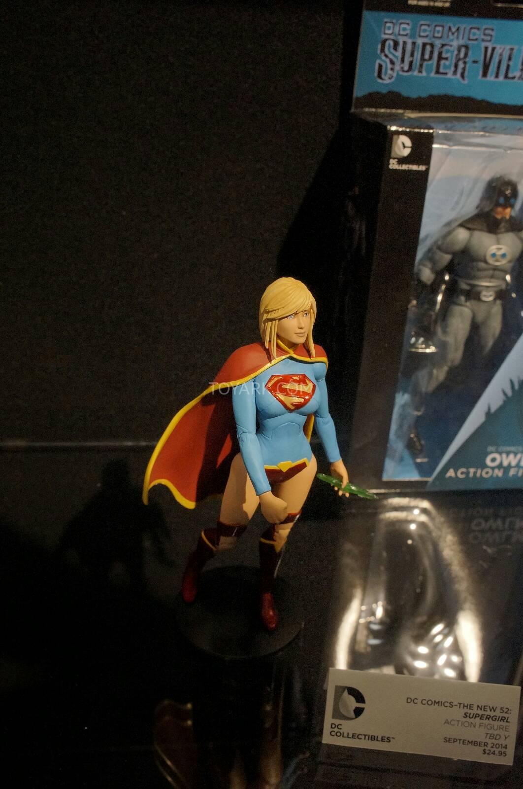 [Toy Fair 2014] DC Collectibles Toy-Fair-2014-DC-Collectibles-118