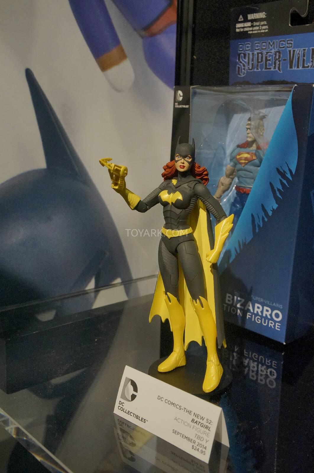 [Toy Fair 2014] DC Collectibles Toy-Fair-2014-DC-Collectibles-122