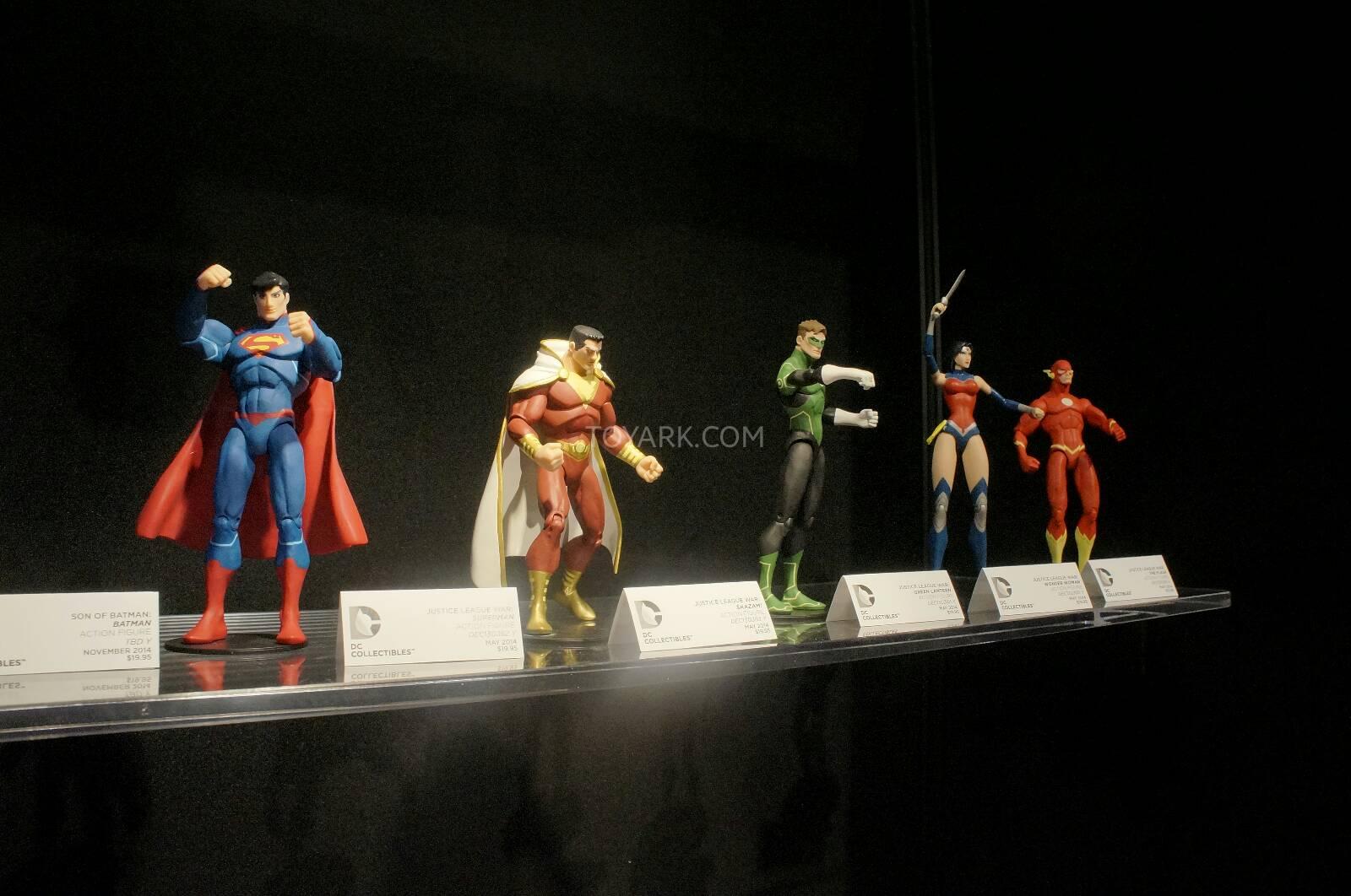 [Toy Fair 2014] DC Collectibles Toy-Fair-2014-DC-Collectibles-130