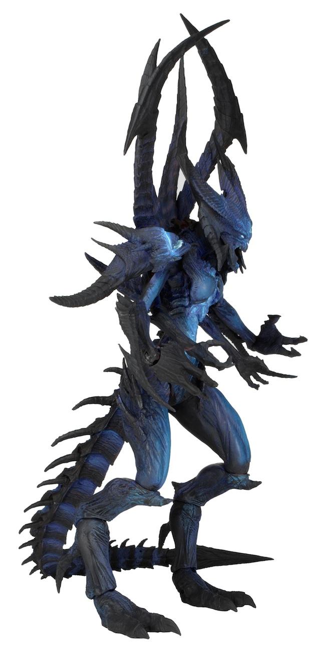 [NECA] Diablo III – Shadow of Diablo - Deluxe Action Figure NECA-Shadow-of-Diablo-Figure-2