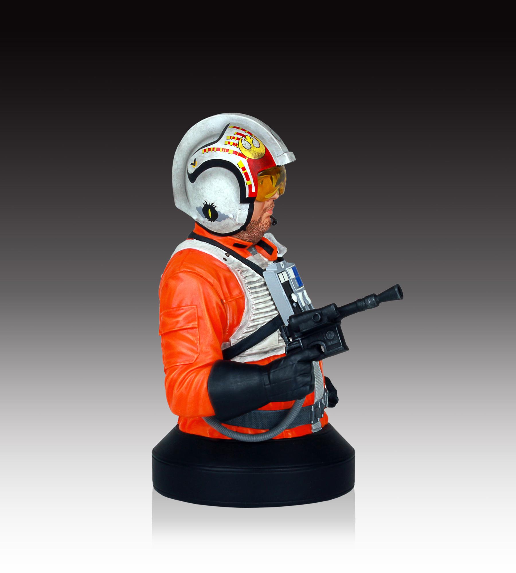 [Gentle Giant] SDCC Exclusive Star Wars Jek Porkins Mini Bust SDCC-Exclusive-Star-Wars-Jek-Porkins-Mini-Bust-004