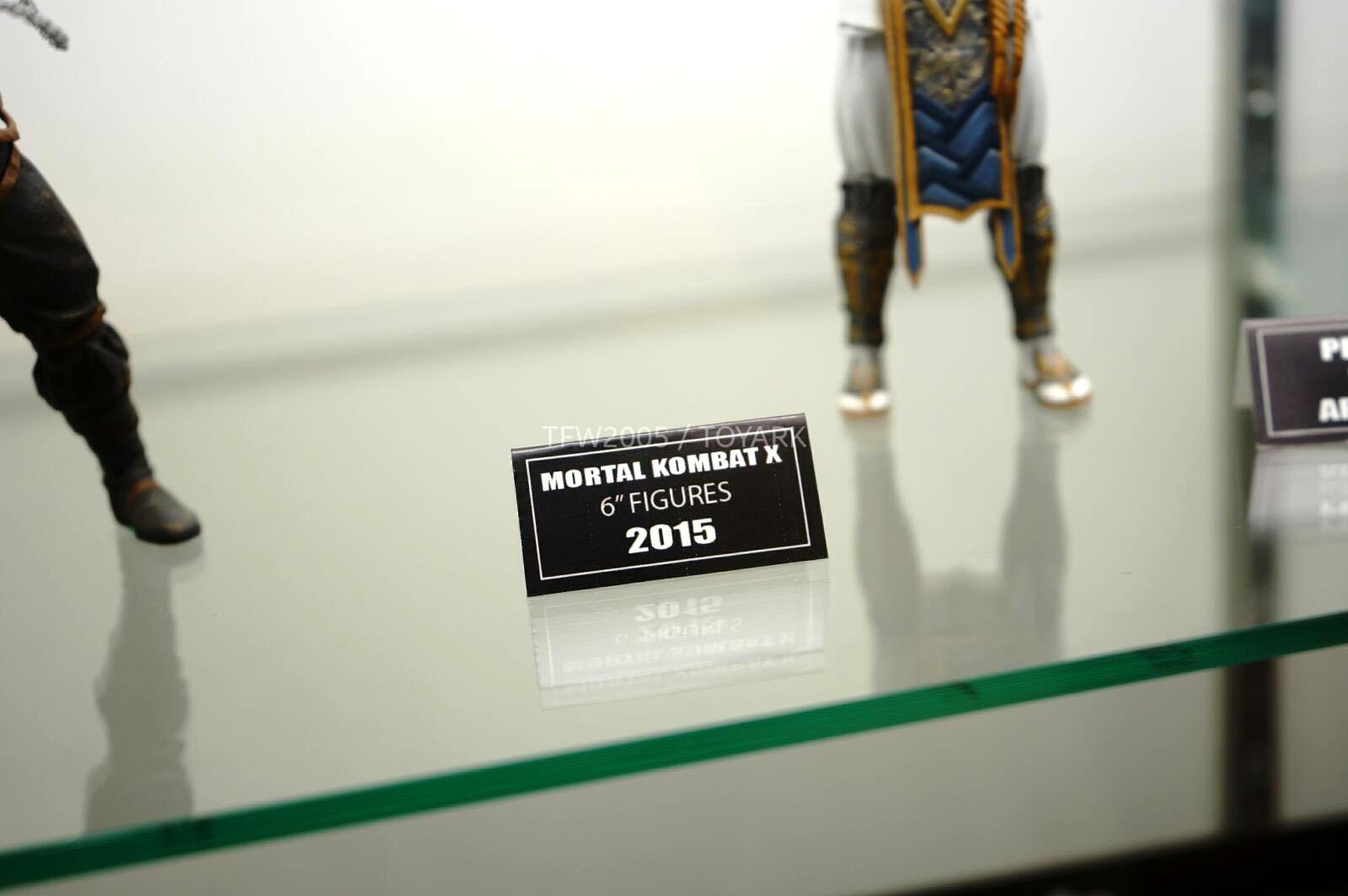 [NYCC 2014] MEZCO - 6-Inch Mortal Kombat X Figures NYCC-2014-Mezco-Mortal-Kombat-X-002
