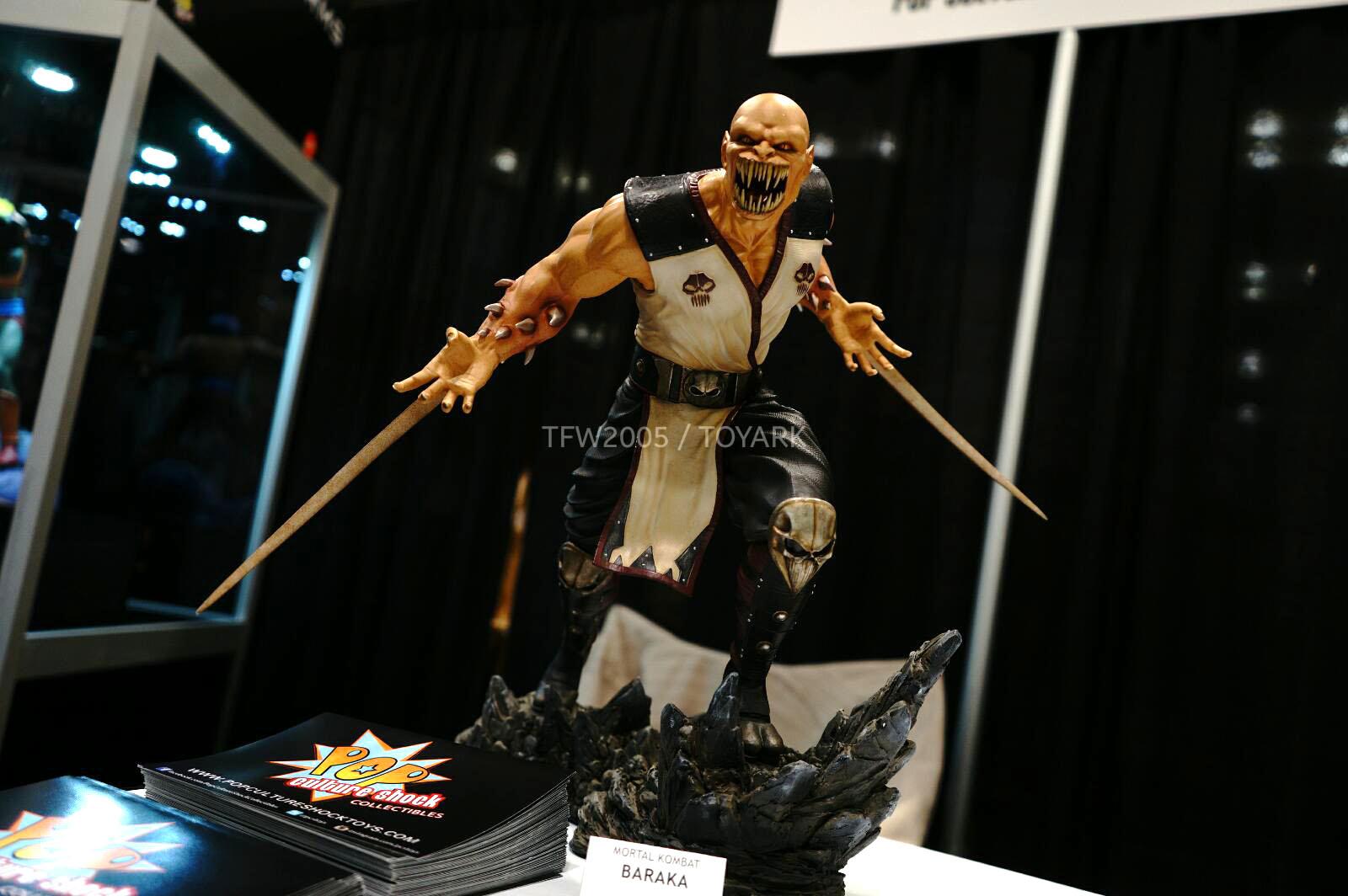[Pop Culture Shock] Mortal Kombat 9 - Baraka 1/4 scale - Página 3 NYCC-2014-Pop-Culture-Shock-009