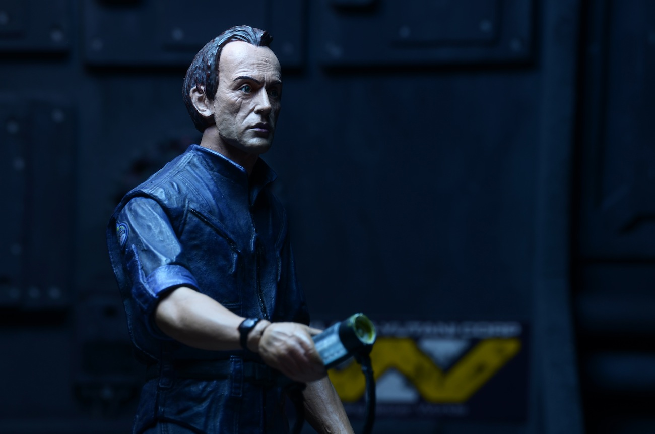 [NECA] Series 4 - Aliens: Ellen Ripley e Dallas Arthur Aliens-Series-3-Bishop-Figure-009