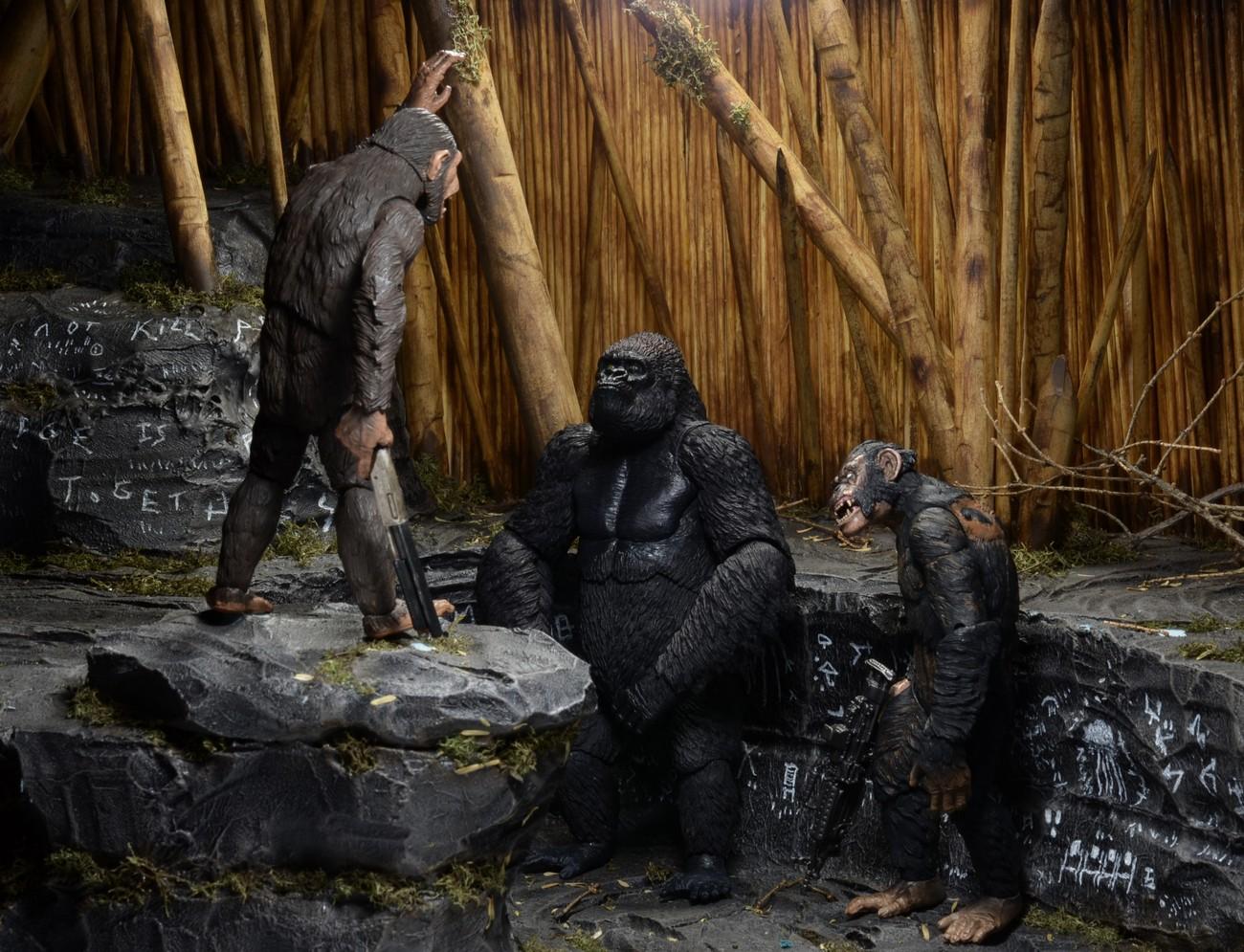 [NECA][Tópico Oficial] Planet of the Apes: Series 3 - Página 2 Dawn-of-the-Planet-of-the-Apes-Series-2-Figures-002