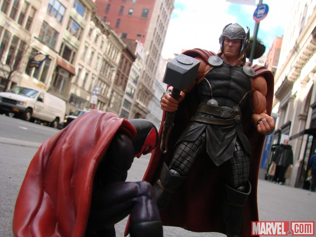 [Diamond Select][Tópico Oficial] Marvel Select: Hulkbuster - Página 24 Marvel-Now-Select-Thor-006