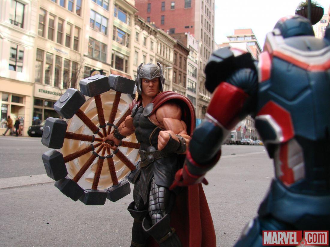 [Diamond Select][Tópico Oficial] Marvel Select: Hulkbuster - Página 24 Marvel-Now-Select-Thor-009