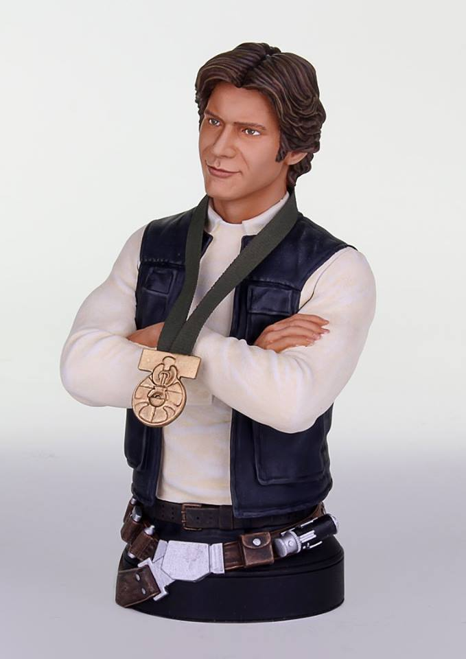 "[Gentle Giant] Star Wars: Han Solo ""Hero of  Yavin"" - Mini Bust GG-Han-Solo-Hero-of-Yavin-Mini-Bust-002"