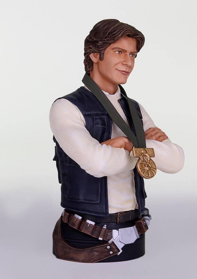 "[Gentle Giant] Star Wars: Han Solo ""Hero of  Yavin"" - Mini Bust GG-Han-Solo-Hero-of-Yavin-Mini-Bust-008"