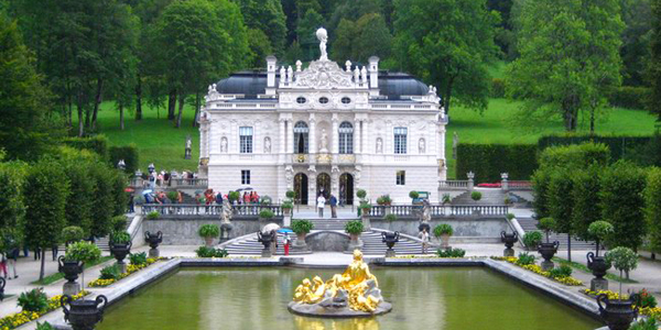 Il nostro mondo - Pagina 2 Linderhof-Palace-germany