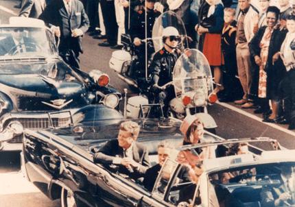 J.F Kennedy - vrasja e tij Jfk-with-wife