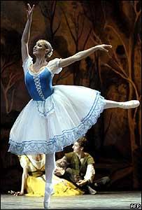 Anastasia Volochkova _39481837_balletafp2_203300