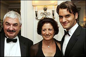 Familia de Roger Federer _41263301_parents_getty