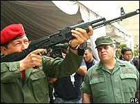 AK-47 _41818464_arm3