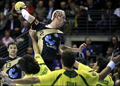 handball photol _42473871_handball416