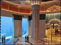 دبي: افتتاح منتجع سياحي بتكلفة 1.5 مليار دولار _45047099_atla_d_203