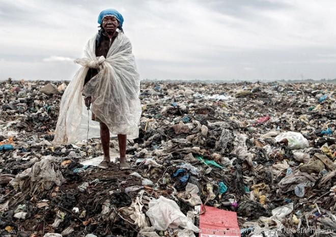 Мусорные горы Мапуту - жуть!!!  %D0%B3%D0%BE%D1%80%D1%8B-%D0%BC%D1%83%D1%81%D0%BE%D1%80%D0%B0-12